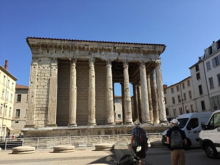 Tempel von Vienne (c)